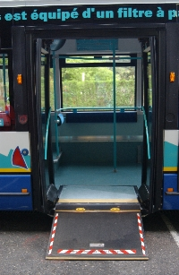 Bus Sibra - rampe d'accès PMR