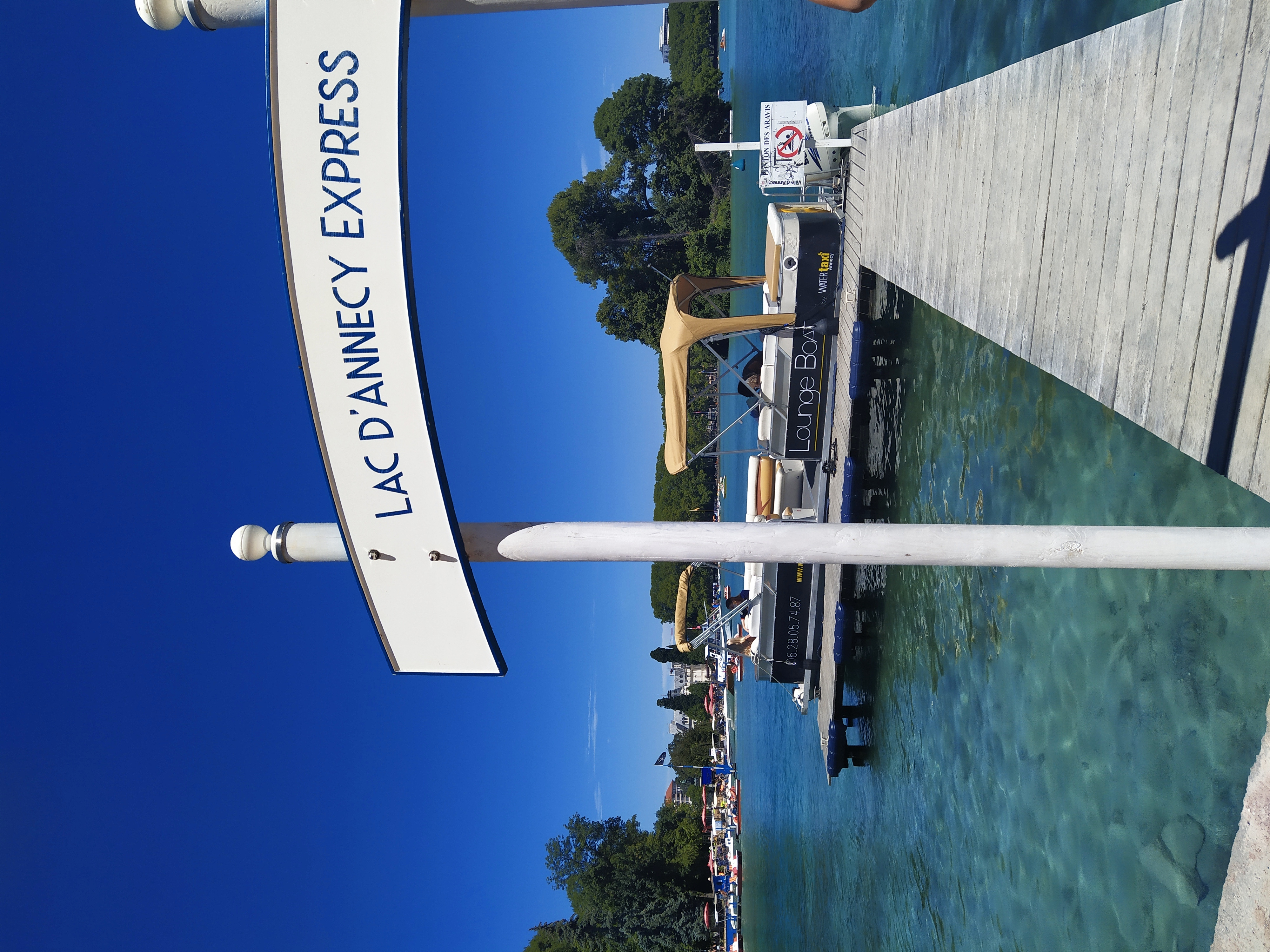 """Ponton navette lacustres """"Lac d'Annecy Express"""" 2020"""